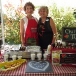 Paulette's Chili Loves Mac booth
